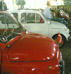 A row of old Fiat 500s